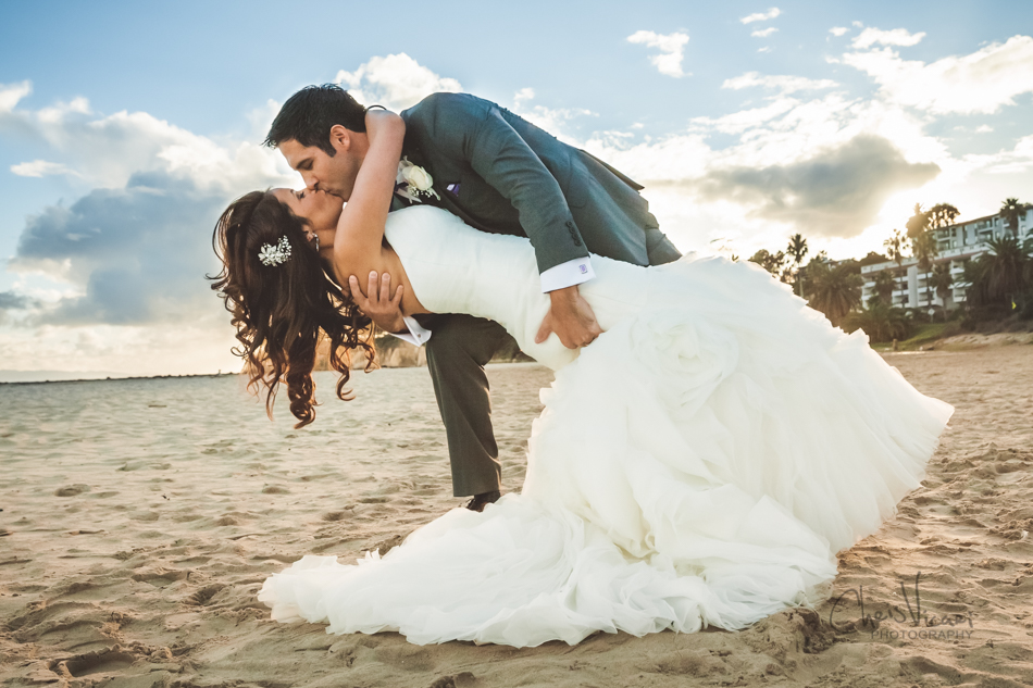 Beautiful santa barbara court house wedding chris vicari photography santa barbara beach wedding kiss junglespirit Image collections